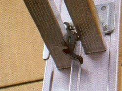 Výsuvný žebřík s lanem Alpos profi 2x17 příček