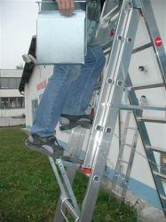 Nášlapná plošinka pro žebřík vnější