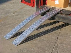 Hliníkové nájezdy obloukové 2000x300 mm, 520-1000 kg