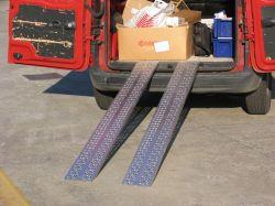 Hliníkové nájezdy přímé 2500x300 mm, 500-1000 kg
